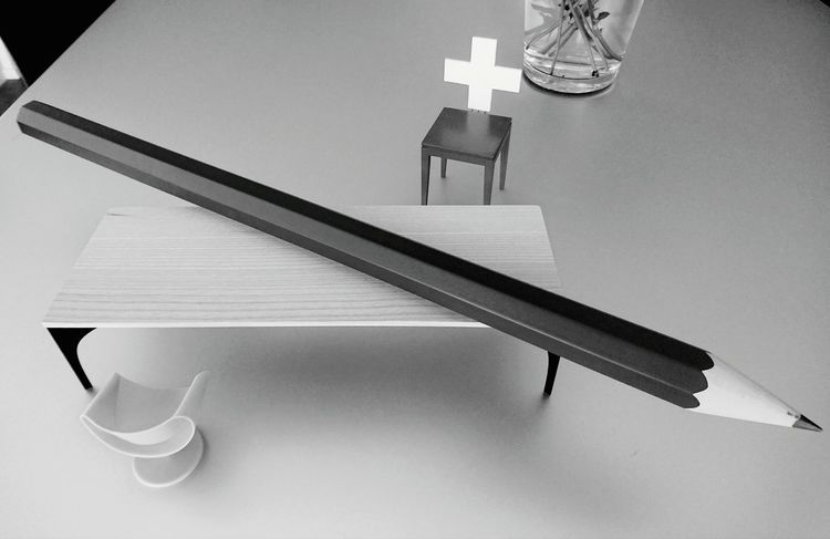 Table Chair Chairs Pencil Swiss Cross Wood - Material Interior Interior Design No People HJB Mobil Sony Xperia Z5 Compact Swiss Made Swiss Quality Furniture Photography Office Lifestyle Blackandwhite Black And White Business Work Environment Weconcept