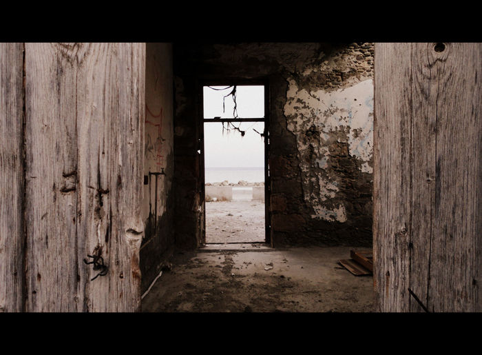 Abandoned Place Abandoned Places Haunted House Abandoned Buildings Building Interior Cinematographic House House By The Sea