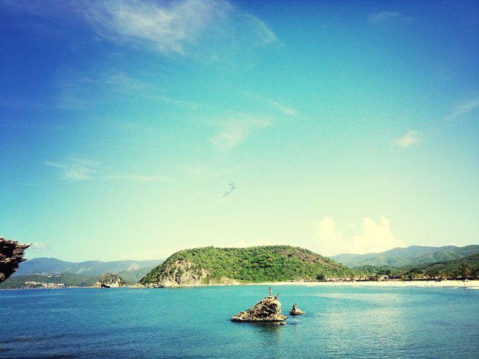 Beautiful views (bellas vistas) - Serie playas Beach Landscape GetYourGuide Cityscapes