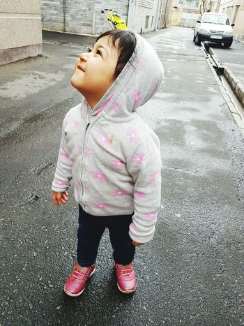 Street Pink Color Child Outdoors Day People Human Body Part Real People Children Only One Girl Only Standing One Person Full Length Close-up Baby ❤ Baby Love  دختر بامزه Babys Baby Girl