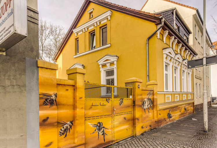 Architecture Bee House Bienen-Haus Building Exterior Built Structure City Hdrphotography No People Outdoors Sky Streetphotography Window Yellow