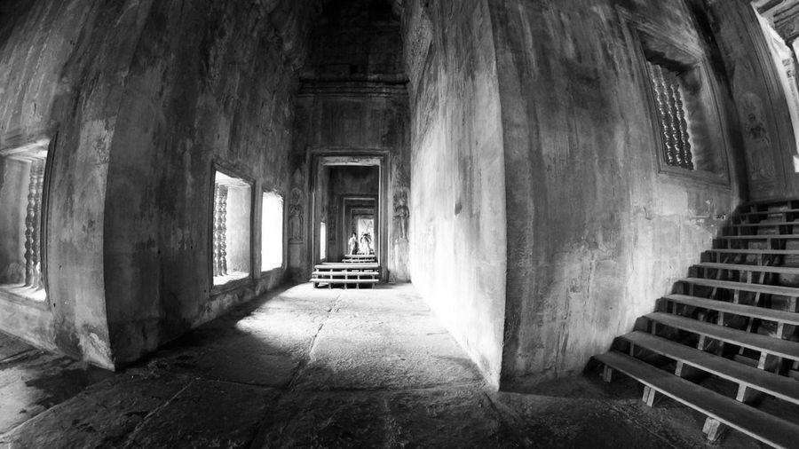 Empty corridor in angkor wat