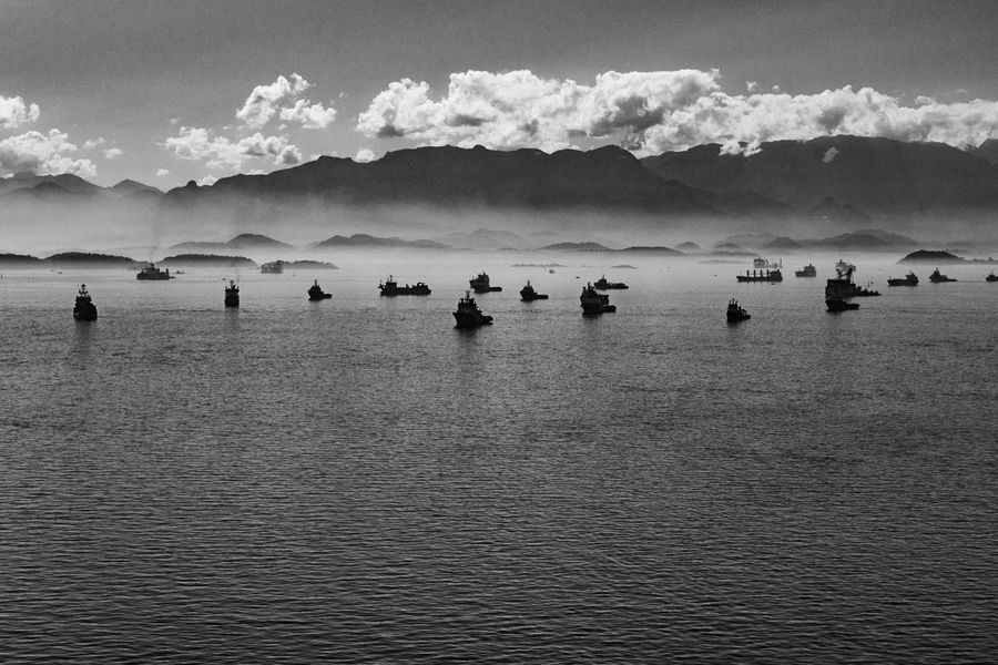 Baía de Guanabara, Rio de Janeiro Black & White Brazil Beauty In Nature Black And White Blackandwhite Brasil Day Fineart Fineartphotography Mountain Nature No People Outdoors Scenics Sea Sky Tranquil Scene Tranquility Water Waterfront