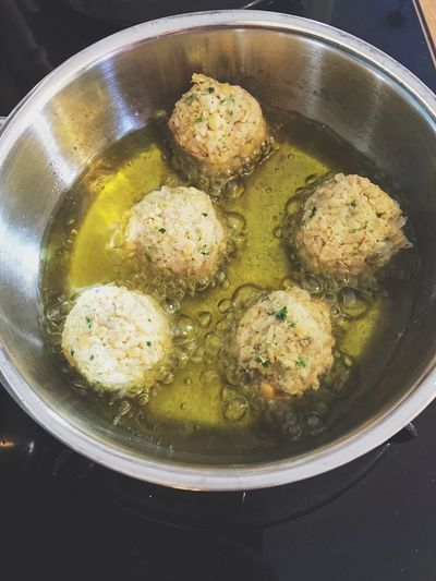 Frying falafel balls in frying pan with olive oil Cooking Eating Falafel Fat Food Food And Drink Frying Frying Pan Vegetarian Food Eat Food Food And Drink Freshness Frying Falafel Fyring Food Healthy Healthy Eating Healthy Lifestyle Home Food Indoors  No People Oily Olive Oil Preparation  Ready-to-eat Vegeterian
