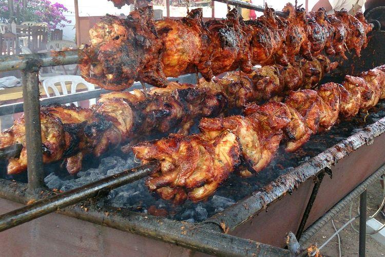 Yummy.. Chicken roll Foodphotography Chicken Burn Chicken Roll Ramadhan Bazar Malaysia Delicious Food Delicious Spicy