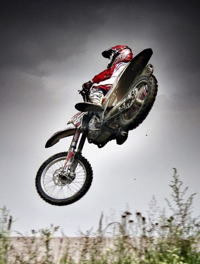 Jumping Sport Racing Motorcycles