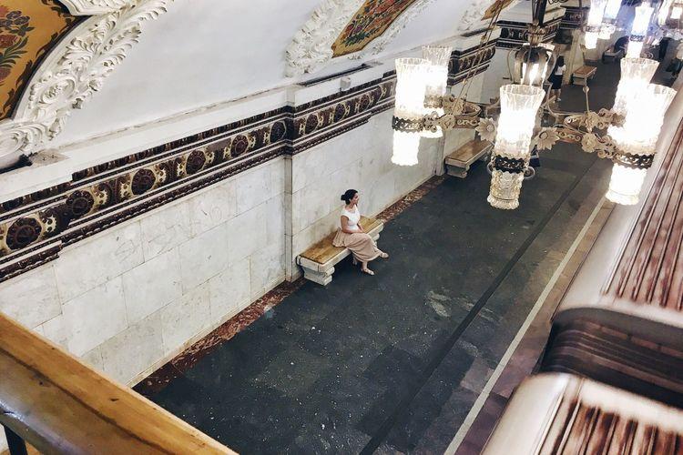 Moscow Metro Stations Moscow Subway Kiyevskaya Girl Waiting For The Subway The Architect - 2016 EyeEm Awards