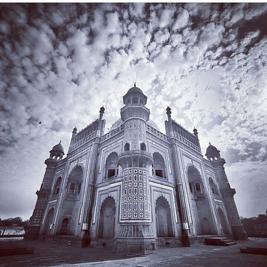 A view of Safadarjang tomb Sky And Clouds Delhiphotographers Delhidiaries Delhi Delhite DelhiGram Photography Photographyclub Delhimonuments Indiapictures India Photography Momuments Indiaphotographer Instagood Incredible India Indiaphotographyclub Best EyeEm Shot Best Of EyeEm 2017 Photo Safadarjang Tomb Low Angle View Cloud - Sky Façade An Eye For Travel