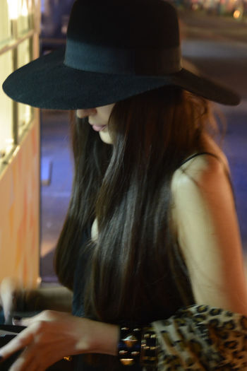 Dressed In Black  Brunette Hat One Person Real People Romanian Girl Young Adult HUAWEI Photo Award: After Dark Night Lights Bucureşti Young WomanStanding Fashion Street Photography