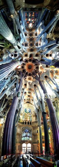 Gaudi Sagrada Familia Architecture Architecture_collection Wonderful Travel Destinations Barcelona Barcelona, Spain Barcelonalove Fantasticbuilding Architecture Place Of Worship Cathedral Catholic Church Relegion Splendor Wonderlust Travel Photography Follow #f4f #followme #TagsForLikes #TFLers #followforfollow #follow4follow #teamfollowback #followher #followbackteam #followh IPhoneography Cool_capture_ Eyemphotography Form And Struture Forms And Shapes BuildingPorn