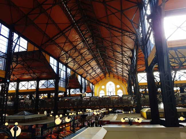 Marketplace Architecture Built Structure City Market Hall Budapest Architecture Shooping Shopping Day Niceday Nice Day!  People And Places Building Photography Inside The Building Sunny Day Windows Sun Shining