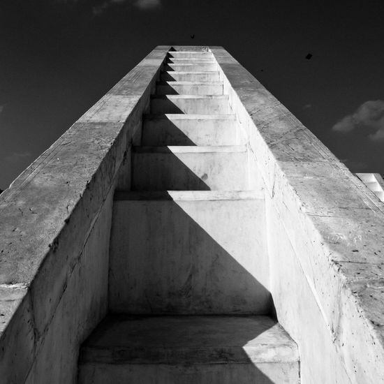 jantar mantar observatory - Jaipur Jaipur Observatory Jantar Mantar, Jaipur Architecture Built Structure No People Day Nature Concrete Diminishing Perspective Staircase Outdoors Sunlight Sky Low Angle View Geometric Shape Pattern In A Row Steps And Staircases Shape Wall - Building Feature Wall Design