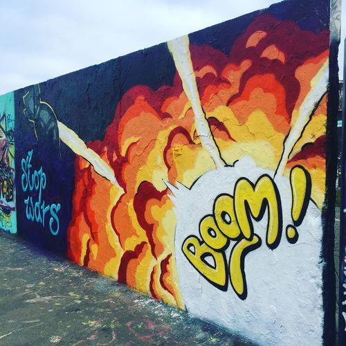 Graffiti Streetart Lifestyles Lifestyle Photography Wall Wall Art Sprayart Berlin Berlin Streetart Prenzlauerberg Mauerpark Berlinstyle Cool Streetartphotography