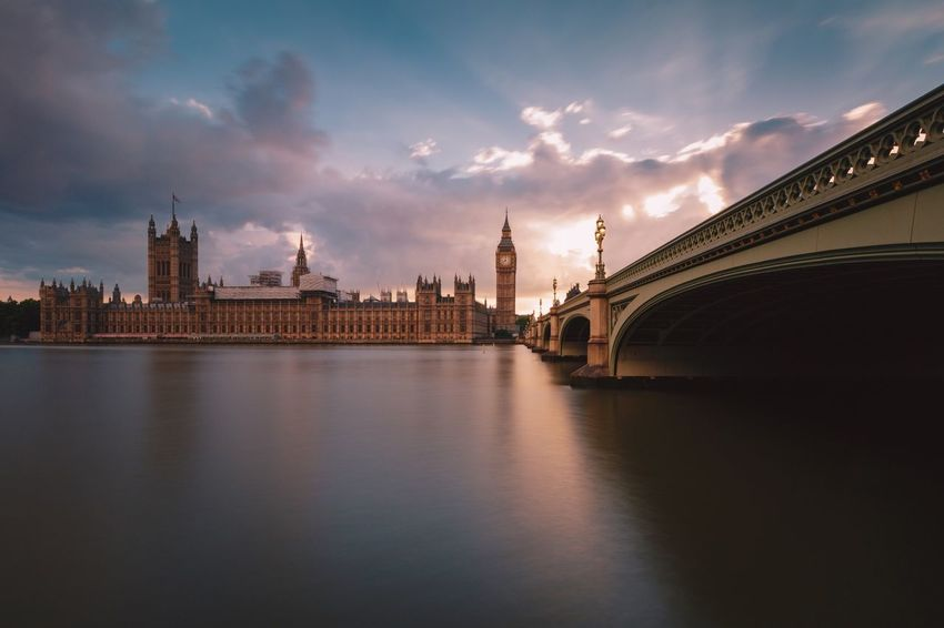 Sunset, Big Ben. London Beautiful LONDON❤ London London Lifestyle London Streets Sky And Clouds Sunset_collection Architecture Building Exterior City Commercial Destination Destinations London_only Londonlife Magazine Outdoors Sky Sunrise_sunsets_aroundworld Sunshine Timeoutlondon