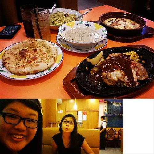 Dinner with @jennymoke . The food is super cheap and nice here!!!
