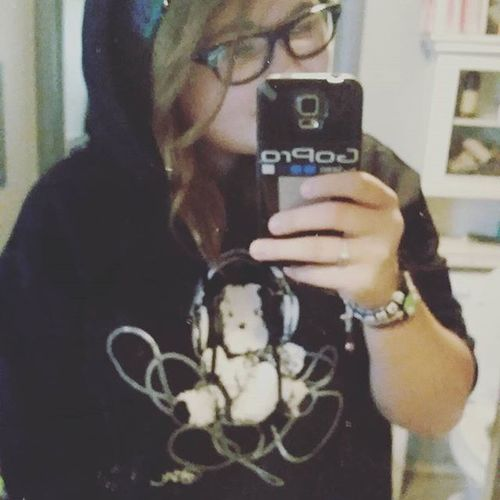 Most amazing new sweatshirt! Bearlysober that @bam__margera created! Thank you Min Min!!