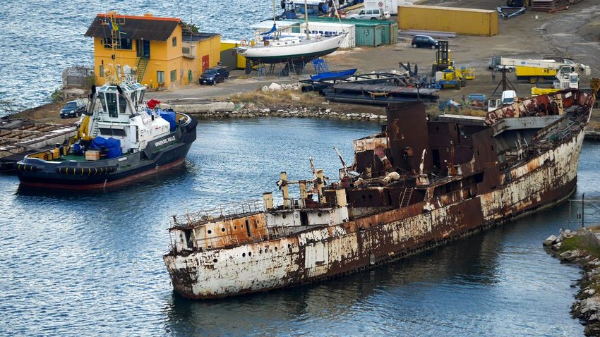 Boat Boot Curacao Curacao (willemstad) Damaged Mode Of Transport Nautical Vessel Old Schiff Schiffe Schiffswrack Schrott Schrottplatz Transportation Water Wrack