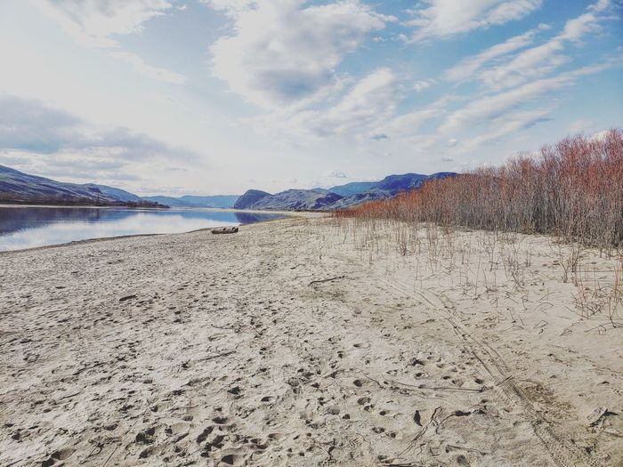 beach hike Sea