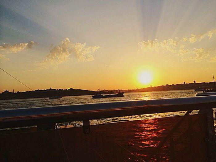 Sun is never too bright.. Too Sunset Sunshine Sunset Silhouettes Sea And Sky Sea View Seascape Sea Sun Silhouette EyeEm Best Shots - Landscape