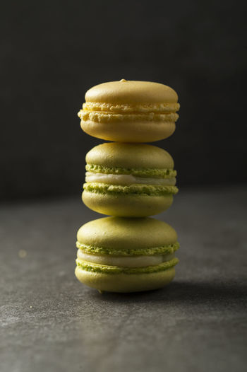 macarons Dessert Macarons Almon Flour Cake With Macaron On Top Chef Luxurious Meringue Pastry Sugat