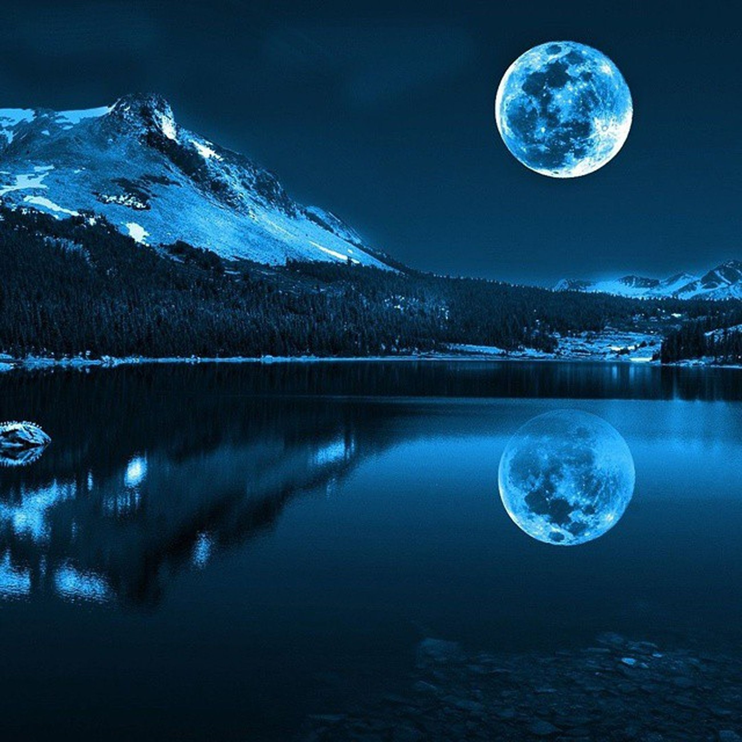 night, astronomy, moon, scenics, beauty in nature, water, tranquil scene, tranquility, blue, planetary moon, full moon, reflection, sky, illuminated, star - space, nature, majestic, idyllic, star field, circle