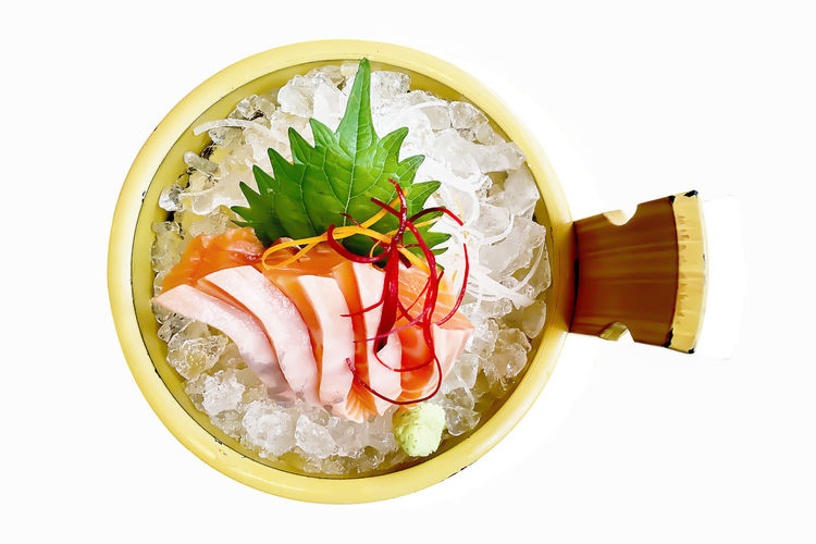 Ready-to-eat Food And Drink Directly Above White Background Freshness Studio Shot Food Indoors  Healthy Eating Still Life Japanese Food Asian Food Seafood Serving Size No People Close-up High Angle View Wellbeing Bowl Sashimi  Temptation Garnish Caviar