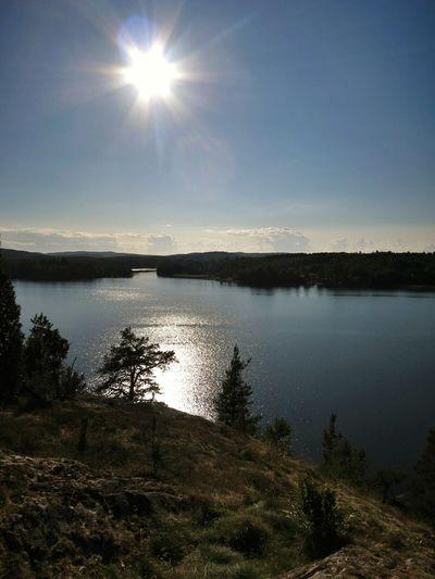 Trekking Lake Enjoying The View Sunlight