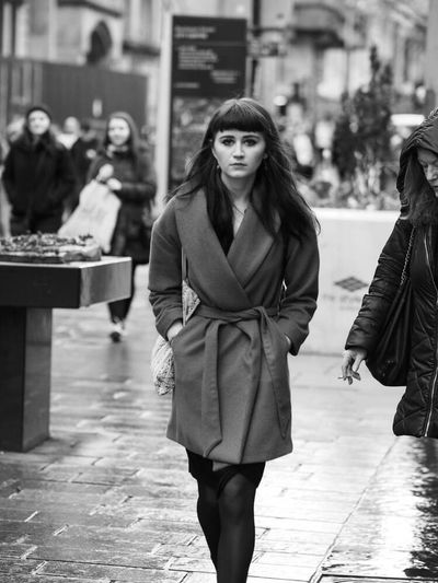 Up Close Street Photography Girl Pretty Pretty Girl Street Streetphotography Street Photography Upclosestreetphotography Glasgow  Urban City City Life Candid Candid Photography