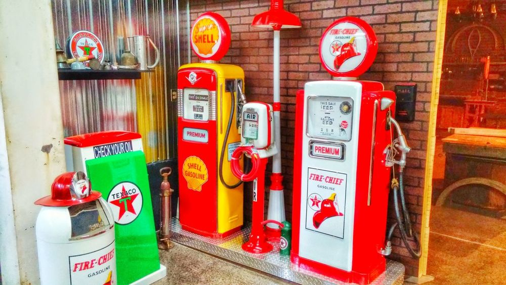 Service Station Antique Gas Pump Old But Awesome Like Brand New Enjoying Life Smartphonephotography