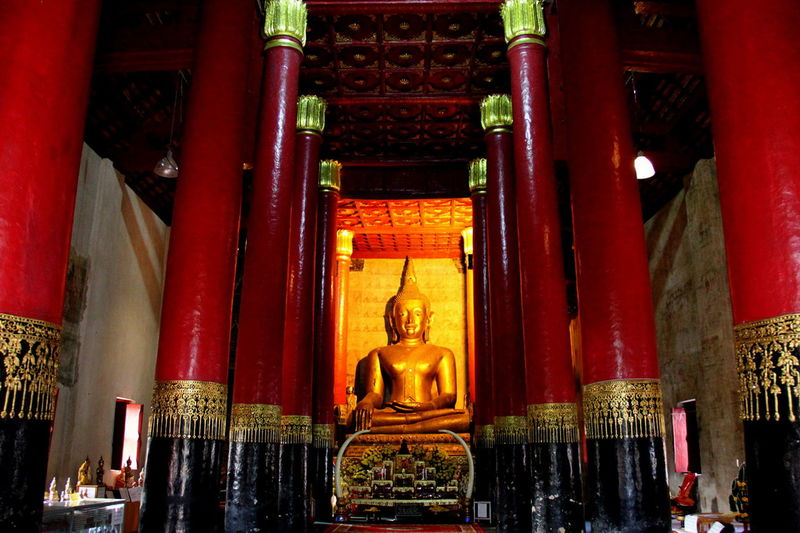 Architectural Column Architecture Day Gold Gold Colored Golden Color Hope Human Representation Idol Indoors  Low Angle View No People Place Of Worship Red Religion Sculpture Spirituality Statue Travel Destinations