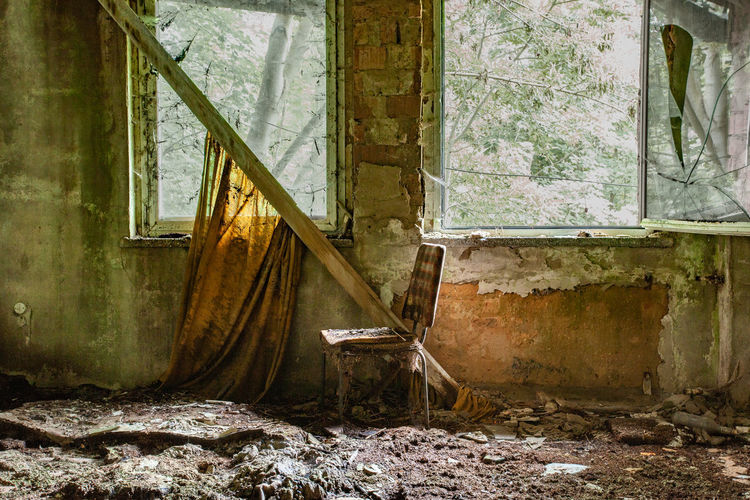 Abandoned Damaged Architecture Run-down Old Window Obsolete Decline No People Built Structure Deterioration Bad Condition Building Weathered House Broken Indoors  Day Destruction Ruined Dirty Messy Breaking Demolished Lostplaces EyeEmNewHere My Best Photo