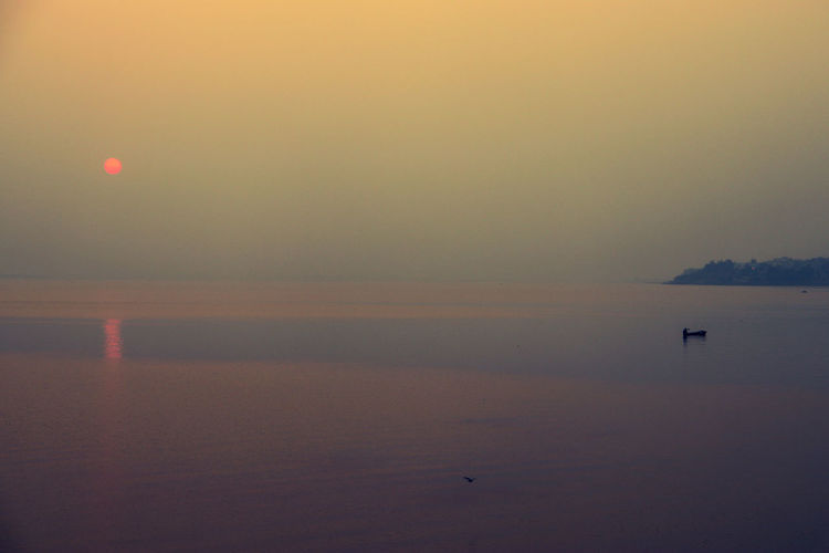 beautiful sunset in lake Sunset Sunlight Landscape Colors Light Water India ASIA Bhopal Indian Madhyapradesh Sky Boat Travel Colour Places Astrology Sign Water Nautical Vessel Sea Bird Silhouette Reflection Fog Wake - Water Sailing Boat Sailing Boat