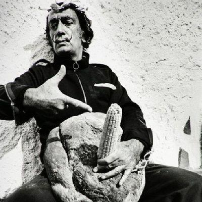Dalí Art Halloween Nawden  urban draw nyfw graffiti illustration color donda street rue gallery faith graphic banksy god artist work mtv kaws qatif افلام black animation nyc فيلم follow salvadordali