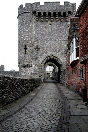 Lewes old castle gates, toned black and white Ancient Architecture Arch Architecture Building Exterior Built Structure Castle Castle Gate City Cobblestone Day East Sussex England England, UK Eyeem New Talent EyEm New Here Historical Building History Lewes Castle Lewes Town Medieval No People Outdoors Sky Toned Black And White Travel Destinations EyeEmNewHere