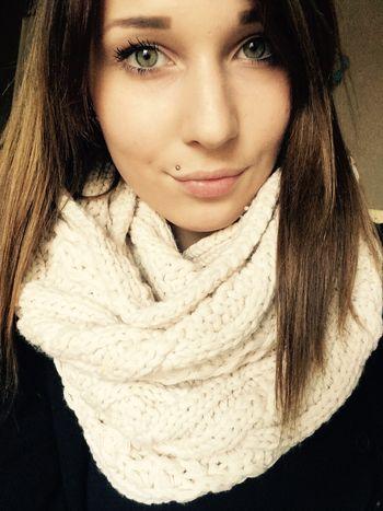 #selfie #selfienation #selfies #me #love #pretty #handsome #instagood #instaselfie #selfietime #face #shamelessselefie #life #hair #portrait #igers #fun #followme #love #smile #igdaily #eyes #follow Thats Me ♥ Green Eyes♥ Brown Hair Beautyful Day <3