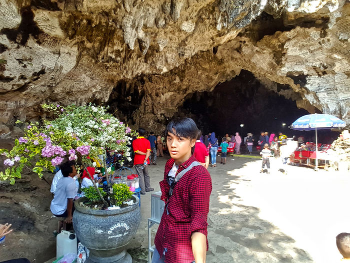 a beauty created by God, cave jatijajar View Mountain Cave Mountain Sunny Day Travel Travel Destinations Traveling Travel Photography Caves Photography Cave Caves Nature's Fine Art Goa Jatijajar Gombong Kebumenmemotret Outdoor Photography Nature Flower Women Blooming Flower Head Flower Shop Shore Plant Life Hiker Hibiscus
