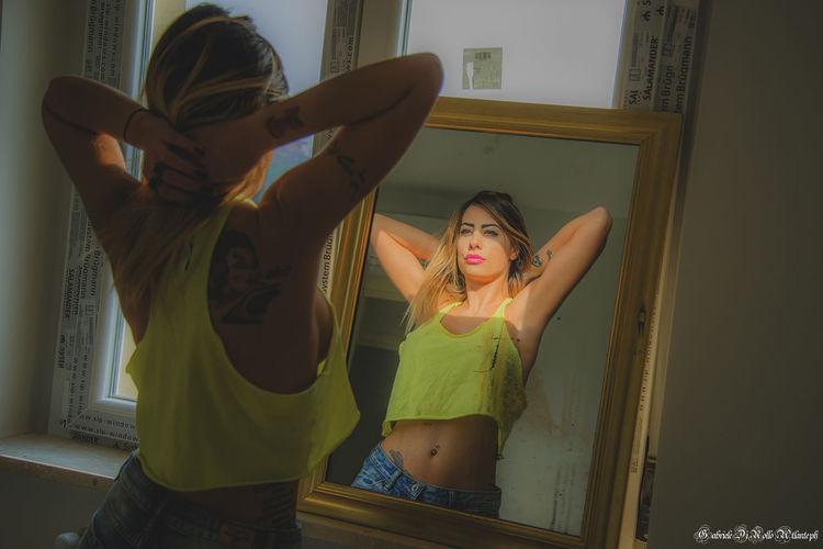 Bellezza naturale... Taking Photos Beauty Beautiful Beautiful Girl Mirror Intothemirror