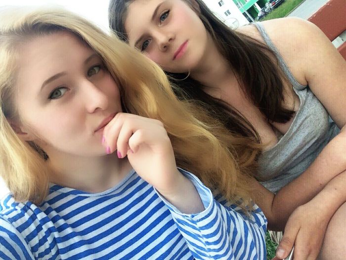 #гуляем#*****да да Мы Красивы&&& Two People Teenage Girls Teenager People Child Togetherness Casual Clothing First Eyeem Photo