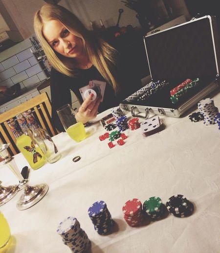 Dealer Pokerface Poker