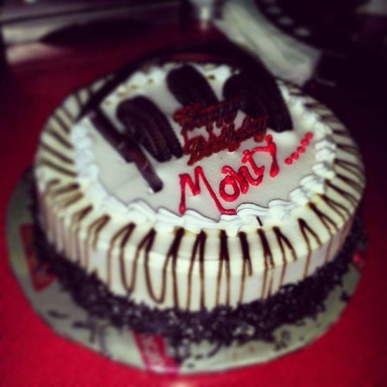 My birthday My birthay cake Dharampur Valsad My birthay party cake MONGINIEZ chocolate-brownie instalike instashare inatamood instacool instayummy instaforward