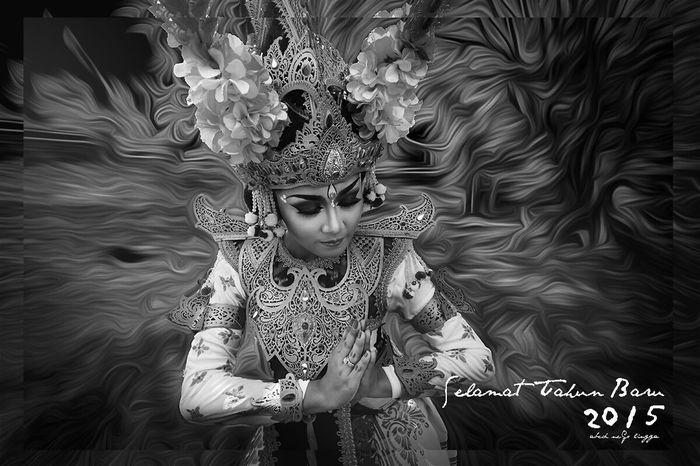 Happy new year 2015 Enjoying Life Hello World Balinese Dancer EyeEm Best Shots - Black + White Blackandwhite Photography The Dancer Happy New Year 2015 Monochrome Popular Photos