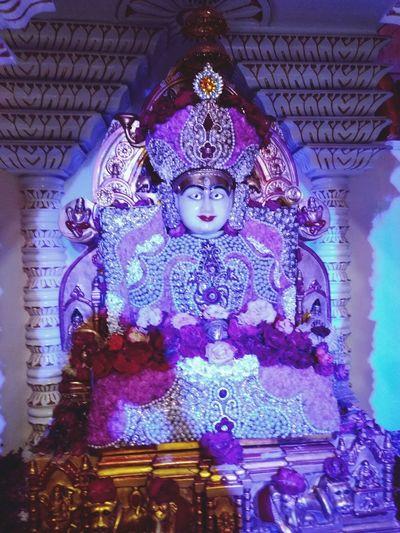 Jainism Religion Spirituality Indoors  Statue Place Of Worship Temple - Building Creativity Idol Culture Multi Colored Golden Color Close-up JAINISM👏
