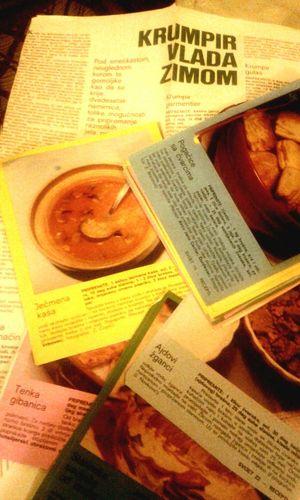 Recepti iz nekada popularnog casopisa SVIJET. Marljivo su skupljani i dobro ih cuvam, cesto i upotrijebim.