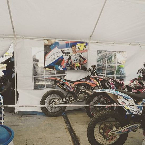 Siempre presente... 🏁Danirivas7 DR7 Motocross Facetoface Arneteomarisquiñoxv Vigocity Mx  FMX Freestylemx Omarisquiñoxv AOMXV