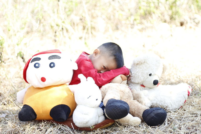 Child Childhood Childs Play Close-up Grass Kids Playtime Outdoor Play Outdoor Playtime Outdoors Playtime Stuffed Toy Stuffed Toy Summer Kids Teddy Bear Sommergefühle Eyeem Philippines EyeEm Selects The Great Outdoors - 2017 EyeEm Awards Investing In Quality Of Life Mix Yourself A Good Time