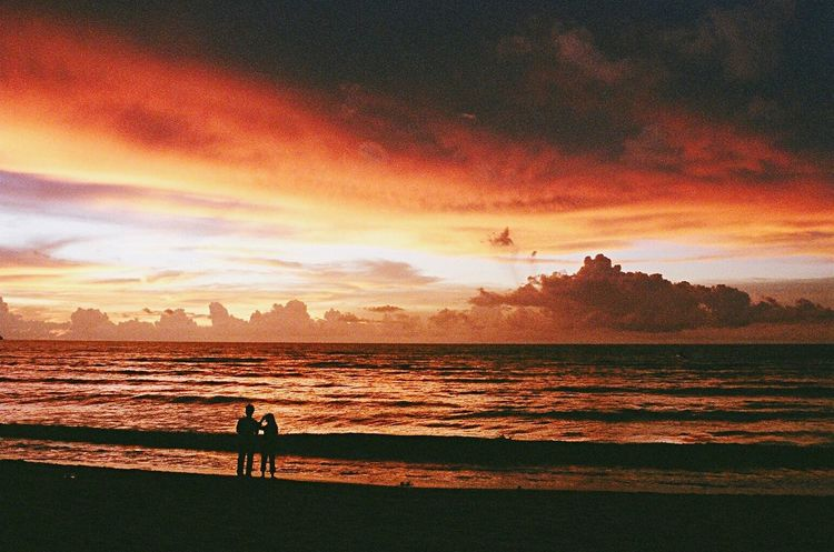 Beauty In Nature Clouds And Sky Malaysia Sunset_collection Film Sea Sky Clouds RedClouds  Cloud Sky And Clouds Sky_collection Seascape Sea And Sky Seaside Beach Day Beachlife Beach Life Beach Photography Beachphotography Beach Golden Hour Sunset Seaandsky