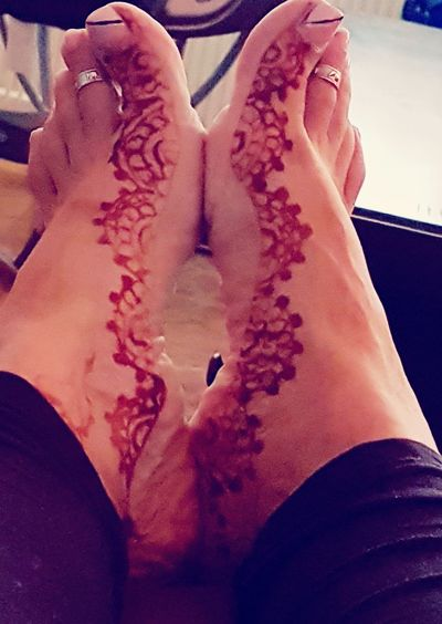 Fadingmehandi Hennadesign Hennafeet Henna Art Close-up Hennatime Feetselfie
