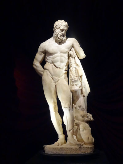 Ancient Art And Craft Contrast Cultures EyeEmNewHere Fine Art Statue Human Representation Marble Sculpture Statue