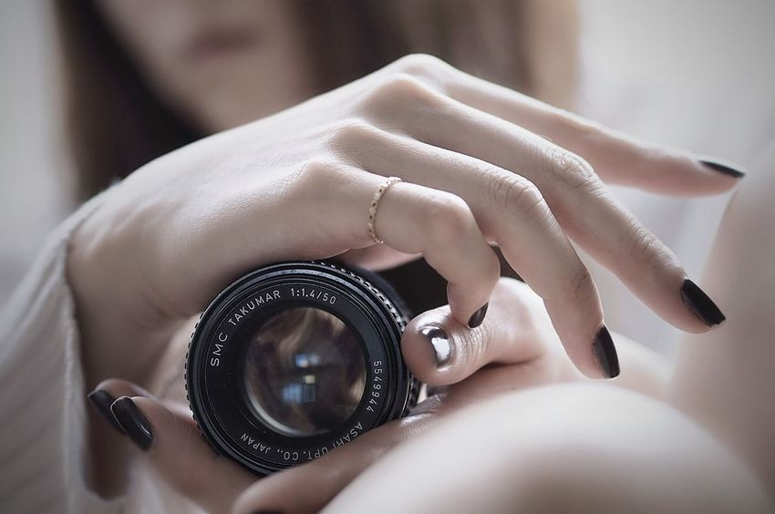 Selfie Camera - Photographic Equipment Camera Life With You Camera Life. Hand Skin Human Body Part The Human Condition ThatsMe Light And Shadow EyeEm Best Shots EyeEm Gallery EyeEmBestPics Eye4photography  …me & my favorite lens