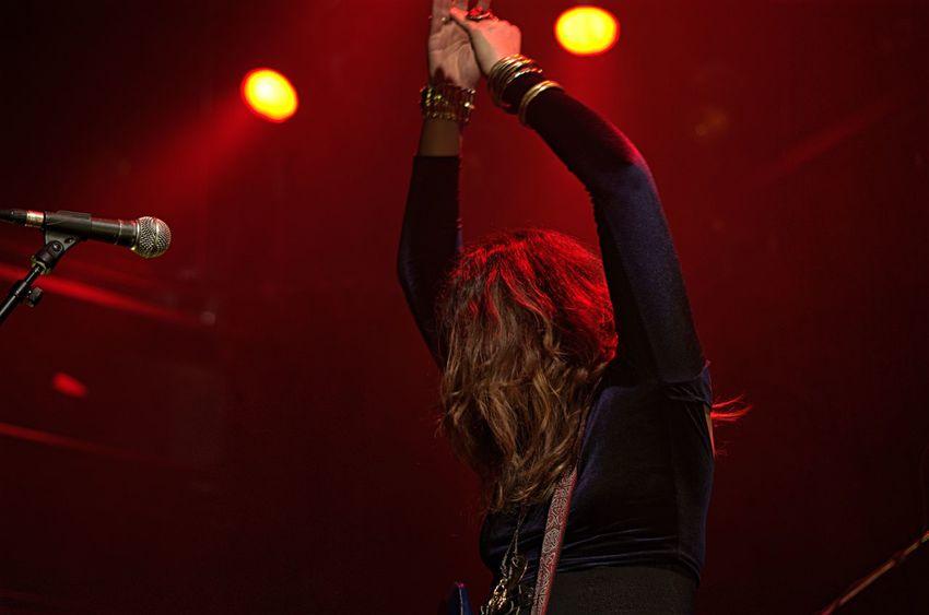 Concert Photography Famous Rockstar Performer  Women Who Rock Singer  Performance Rock Concert Fame Music Show Singer  Musician Band Playing Rock Music Lee-La Lee-La Baum Canadian Music The Damn Truth (band) The Damn Truth The Damn Truth Band Montreal Rocks Montréal